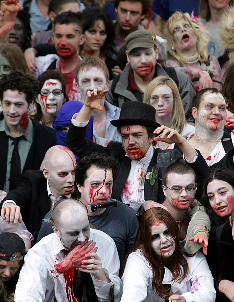 crowd_of_zombies-11275